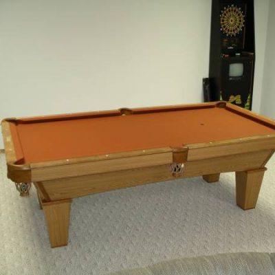 Brunswick Contender 8ft Oak Pool table